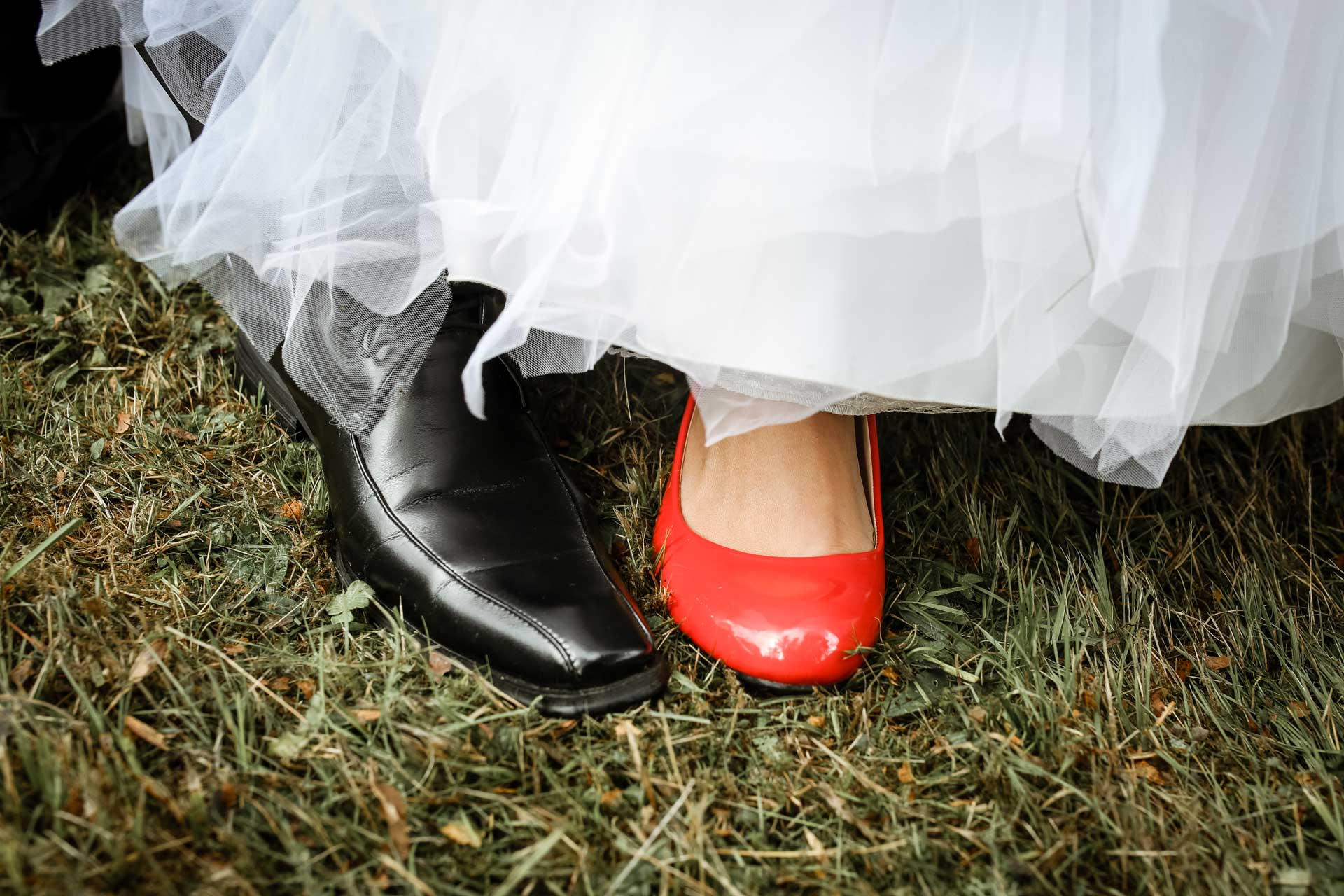 les chaussures de mariees en gros plan
