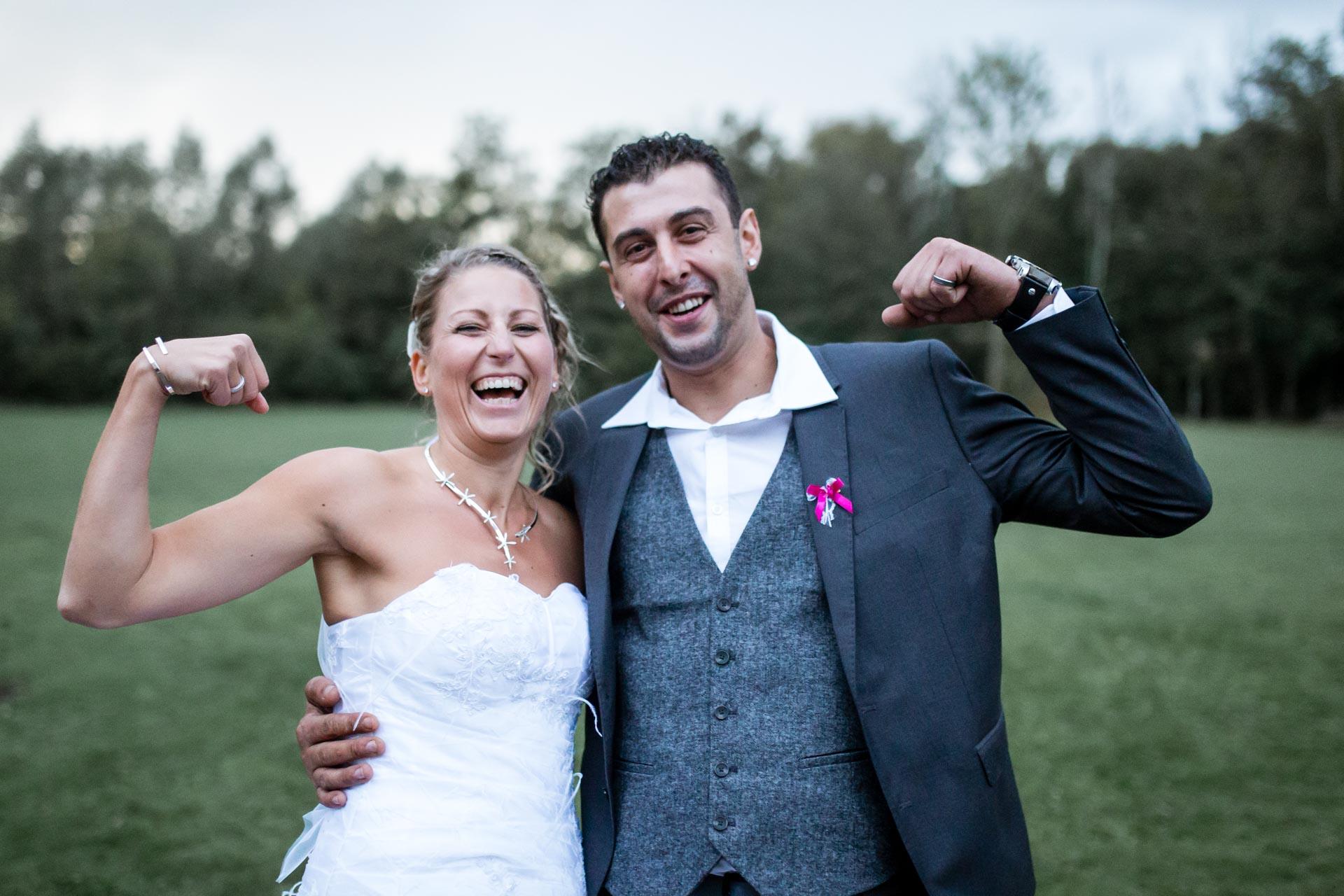la marié qui a des muscles en fait !