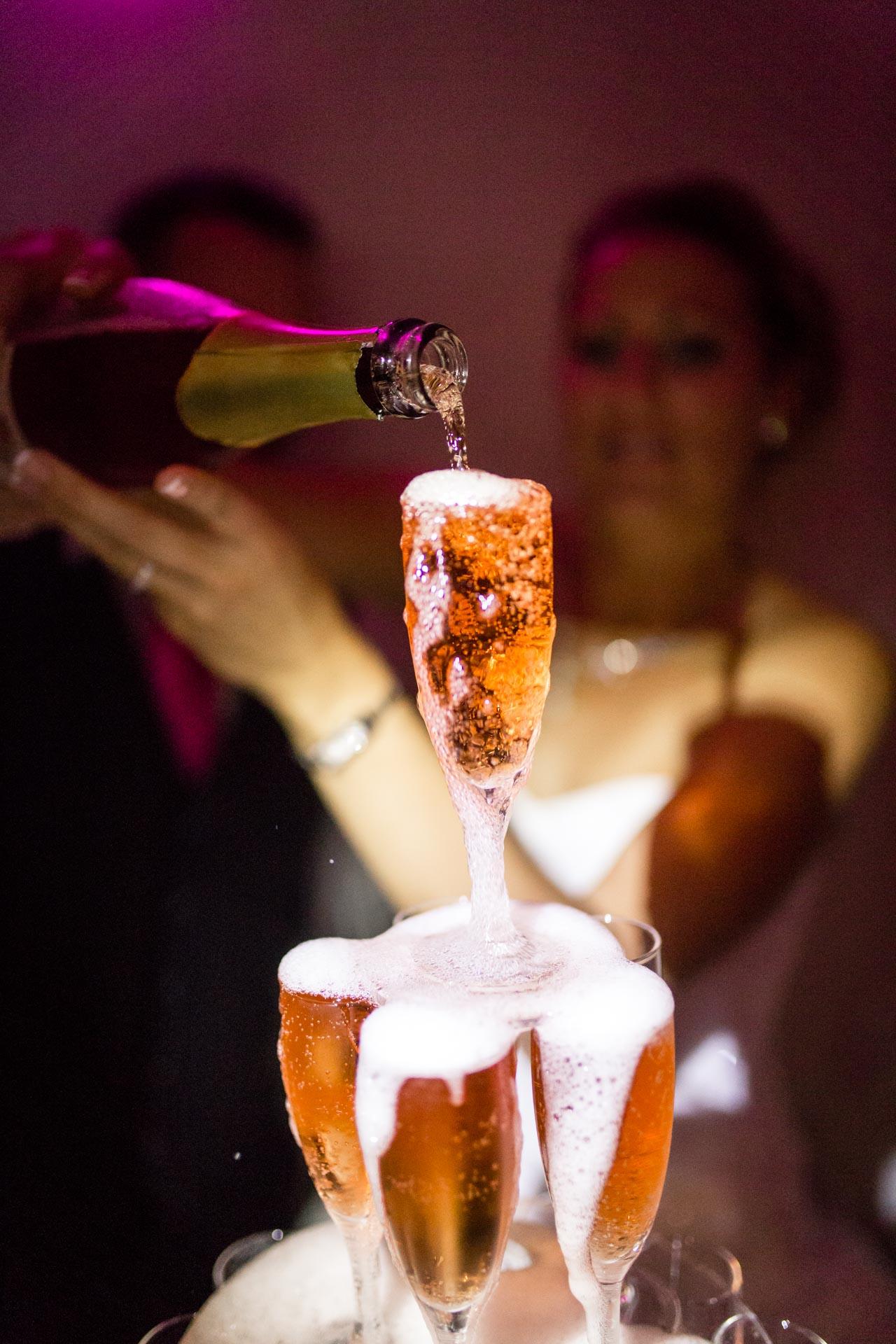 le champagne coule a flot