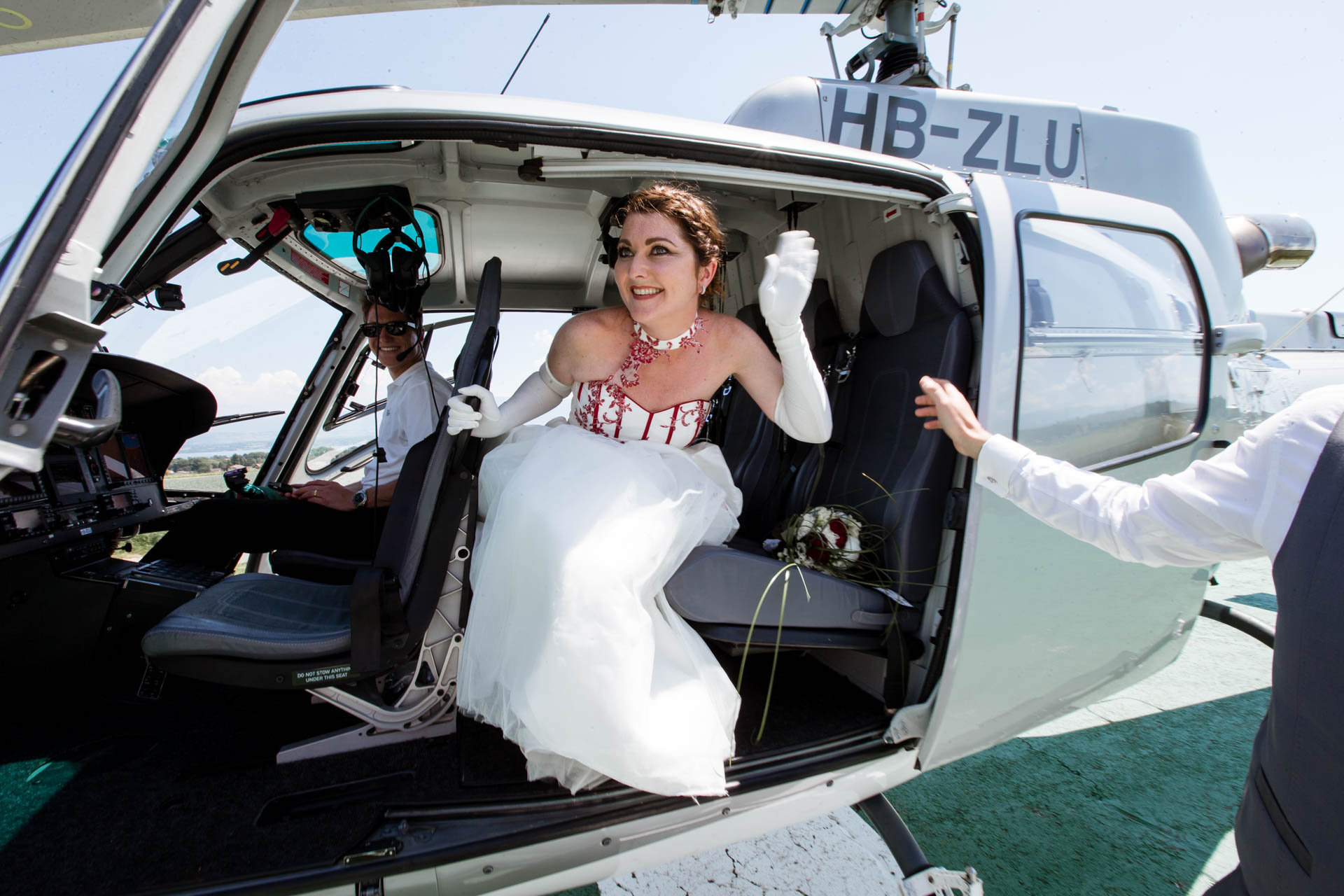 Mariage Helicoptere Chavannes Best Western descente
