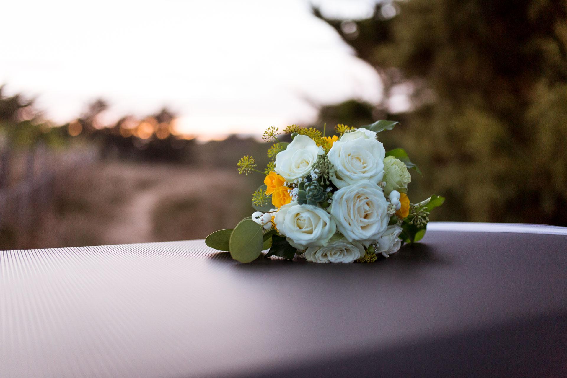 le bouquet sur la 2 cv