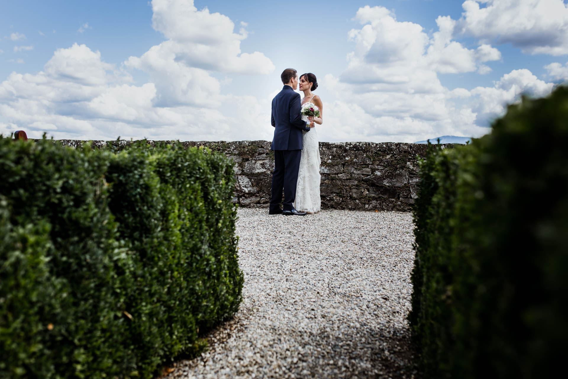 Photo de couple lac Coppet - Photographe Mariage