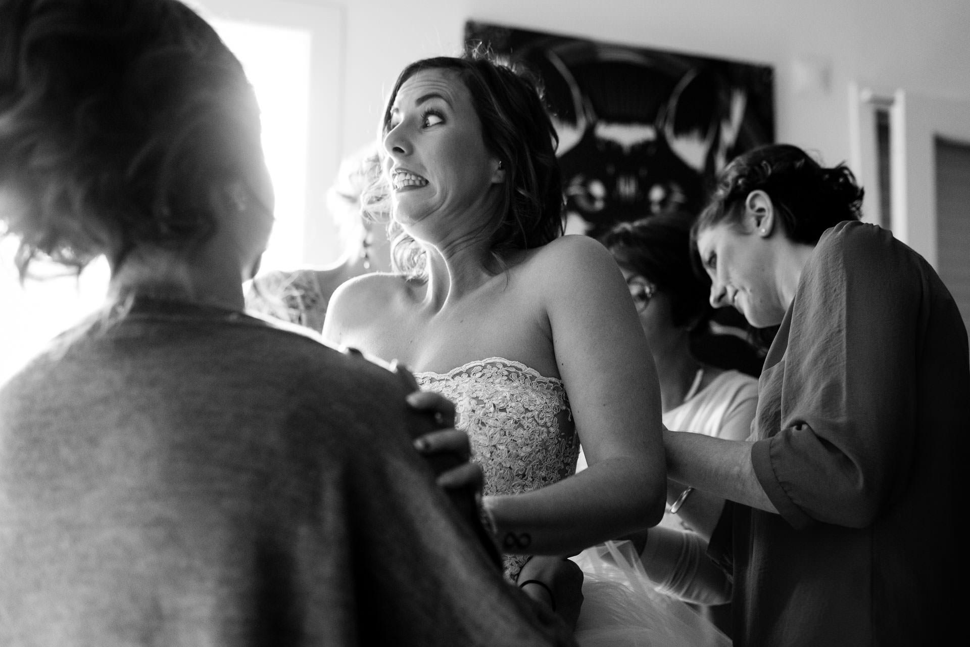 Photographe de Mariage Rock habillage qui fait mal