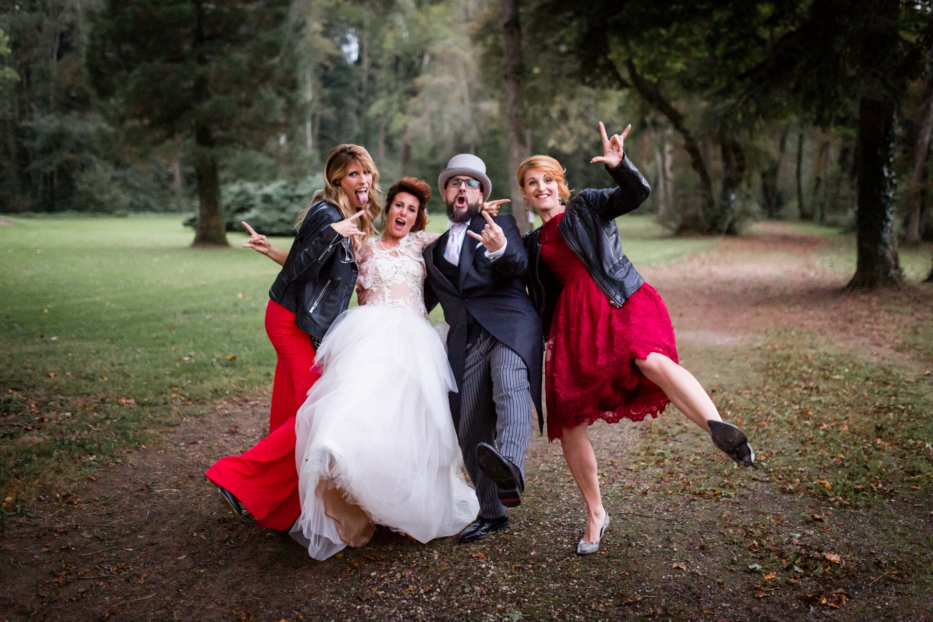 Photographe de Mariage Rock one more rocking group photos